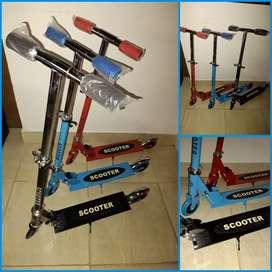 Monopatin scooter plegable de aluminio hasta 30 kg muy buena calidad y práctico para transportar