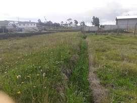 Vendo terreno de 500 metros cerca de la via cañar
