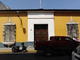 [ ALQUILO LOCAL COMERCIAL ]: CASONA EN EL CENTRO DE TRUJILLO EN LA CALLE BOLIVAR DE 1,050 M2