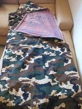 VENDO Bolsas de Dormir con capucha, ideal campamento CHICOS ADULTOS