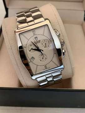 Reloj Tudor Archeo de 32mm para caballero original