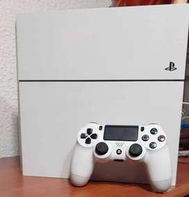 Ps4 fat color blanco + 1 control + 3 juegos originales