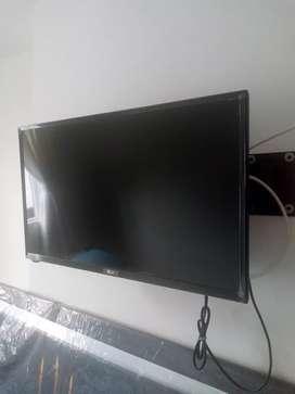 "Televisor LED LG 28"" Pulgadas HD"