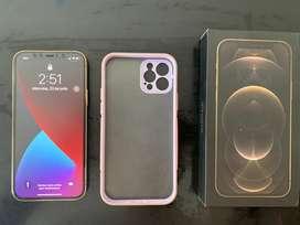 Se vende iphone 12 pro de 256gb con factura, caja nuevo