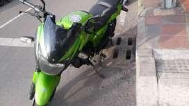 Se vende Moto Bajaj pulsar 180