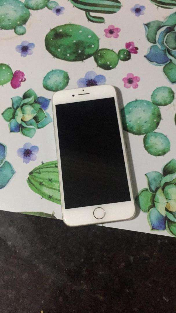 Iphone 7 de 32gb para Rsim 0