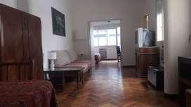 BARRIO NORTE - FACULTAD MEDICINA-HOSPITALES. 4 Dormitorios, 2 Baños. Al frente, Soleado, Recién Refaccionado CONFORTABLE