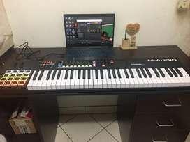 CONTROLADOR MIDI M-AUDIO CODE 61 BLACK