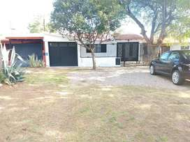 Vendo Casa de Barrio Cgt Impecable