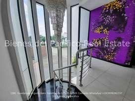 VENTA Casa en Samborondon Km 2.5 Urbanización Bounganville