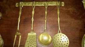 Cinco piezas de bronce