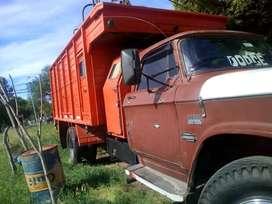 Vendo equipo camion dodge y acoplado helvetica