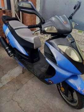 MOTOMEL SCOOTER VX150 2012