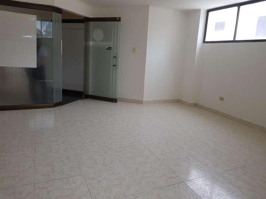 Arriendo  Oficina Alto prado Barranquilla - wasi_730581 0