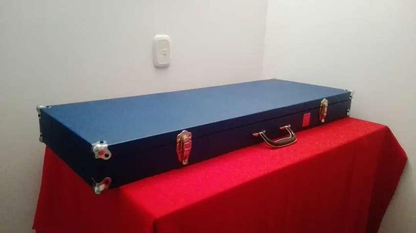 Hard case para guitarra electrica