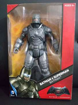 Figura de colección BATMAN armored