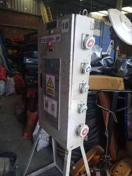 tablero electrico de distribucion PARA TOMAS INDUSTRIALES