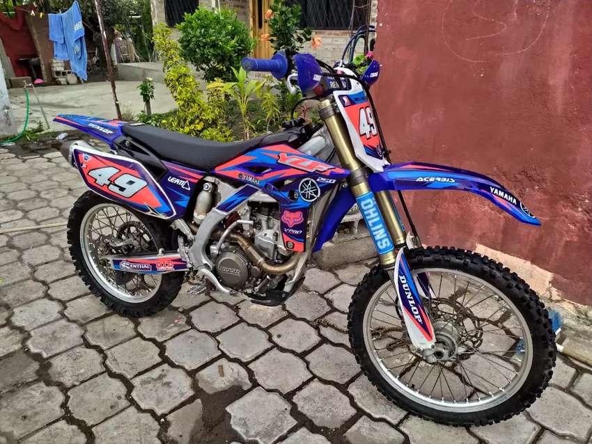Vendo Yamaha yzf 0