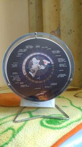 Reloj con Horas de Los Paises