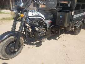 Moto carga Zanella 200