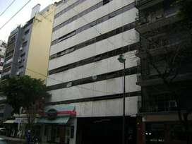 Dueño directo alquila amplia cochera FIJA Barrio Norte $ 5.200,- ningún gasto extra en Julián Álvarez 2755 - 1º sub.