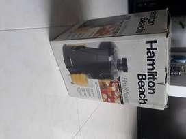 Extractor de jugos hamilton beach usado 2 veces NEGOCIABLE