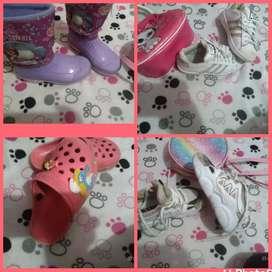 Hermoso lotecito de zapatos talla 25_26