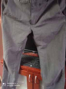 Hermoso pantalón elegante marca GADOL talla 28