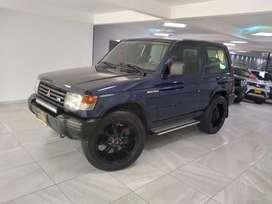 Mitsubishi Montero (2003)