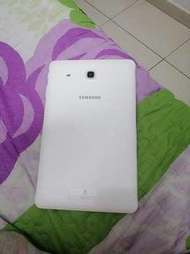 Se vende tablet Samsung en muy buen estado