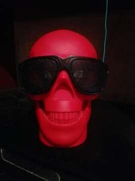 Parlante Portátil (cráneo)