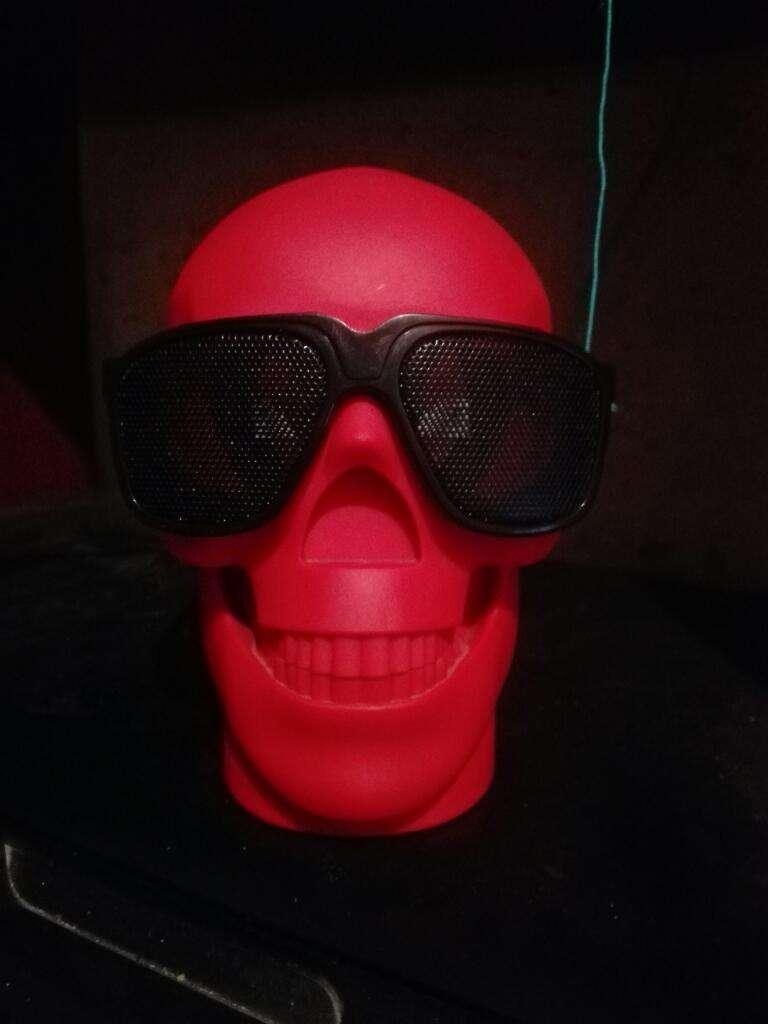 Parlante Portátil (cráneo) 0