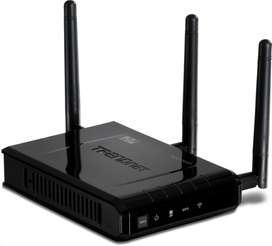 ACCESS POINT WIRELESS TRENDNET N450 TEW-690AP 2.4 GHZ TRES ANTENAS 450Mbps GIGABIT