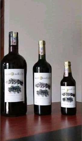 """Vino de mortiño y de Frambuesa """"El Ultimo Inca"""""""