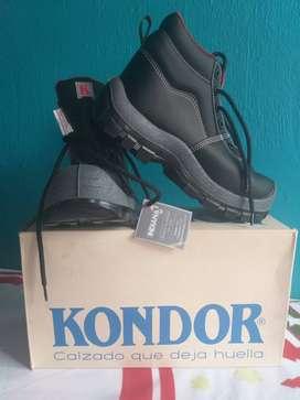 """Vendo Este Calzado """"KONDOR"""""""