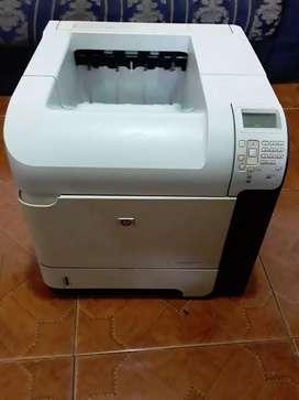 Impresora laser hp p4515n usada