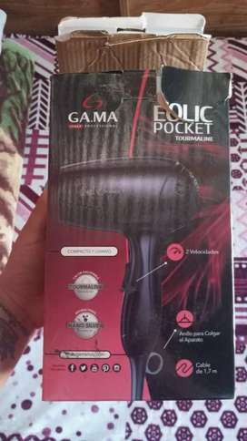 Vendo secador de pelo tiene 2 meses de uso