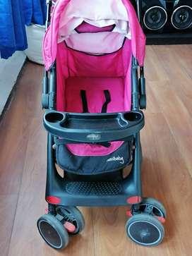 Coche paseador para niña + porta bebé