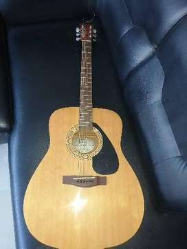 Guitarra Yamaha FX310A