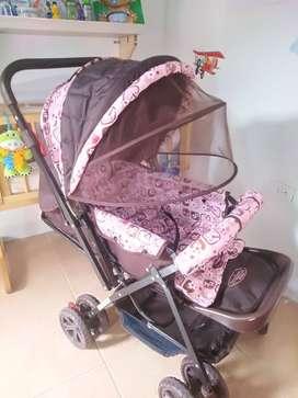 Paseador de niño + choche de bebé niña