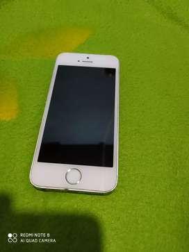 iPhone 5s en muy buenas condiciones  todo le funcionS