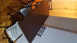 Mesa melamina/ hierro +  4 sillas. Sin flete!!!