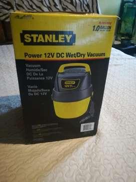Aspiradora para Carro Stanley 12v