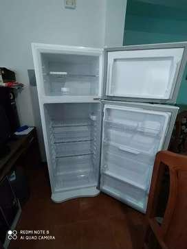 Vendo heladera gafa 367 hgf 330 L 220V