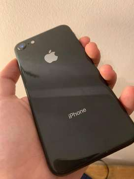 Iphone 8 negro 64 gb EXCELENTE ESTADO.