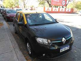 Taxi de capital logan expresionn km 70000 impecable$800mil