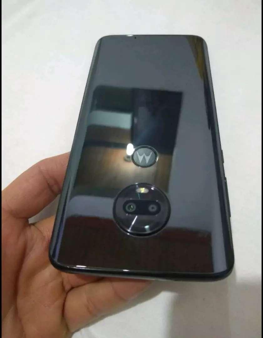 Motorola moto G7 PLUS prácticamente nuevo 0