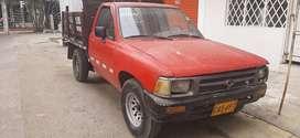 Mazda, modelo 1980. Recién reparada, especial para carga.