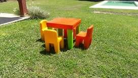 Juego de mesa + 4 sillas Rotoy