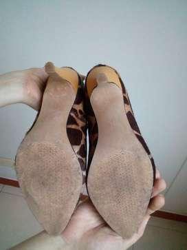 Vendo Tacones!! Zapatos Talla 38 Tacon 9cms en cuero